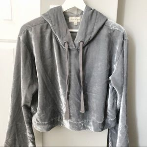 Cloth & Stone Cropped Velour Hoodie